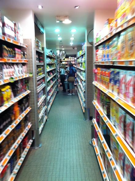 Mærkevarer rykker ind i supermarkederne